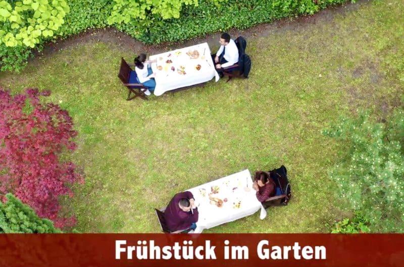 Frühstück im Garten Drohnenblick
